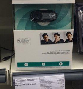 Веб камера Logitech Webcam C170