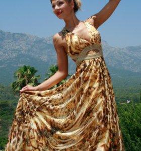 Новое платье. 46-48