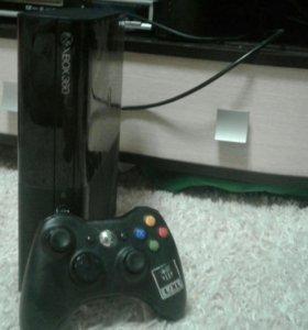 Xbox 360 E 250gb + игры