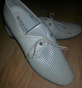 Новые мужские летние туфли