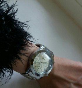 Часы унисекс. Новые