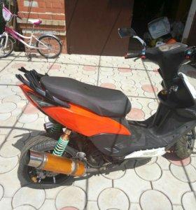Скутер Yamaha RSZ 150cc sport