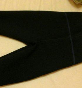 Прорезиненые шорты