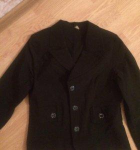 Продаю пиджак летний