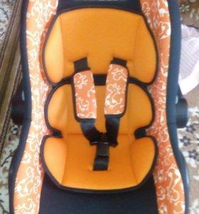 Детское кресло-автолюлька