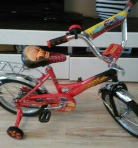 """Велосипед детский """"тачки"""""""