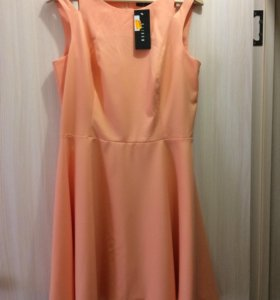 Платье новое 48р-р