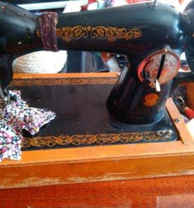 Швейная ручная машина