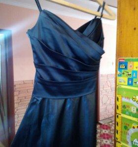 Вечернее платье 42-44р.