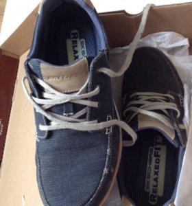 Спортивные ботинки 45 новые Skechers
