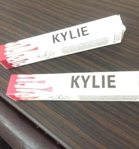 Блеск Kylie матовый