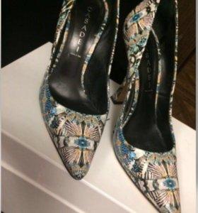 Новые туфли Casadei