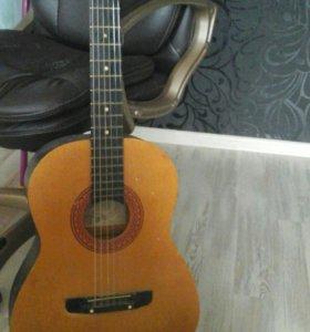 гитара 6струнная акустическая со струнами