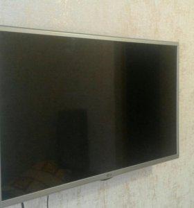 Телевизор LG LED 32 LH52OU и антенна в подарок