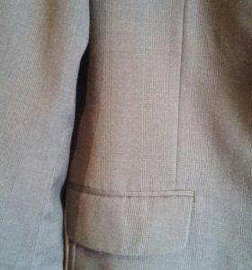 Пиджак приталенный тёмно серый. Размер 48-50.
