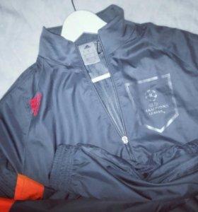 Куртка,ветровка адидас