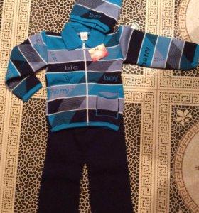 Новый утепленный костюм для мальчика