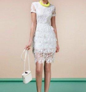 Платье кружевное белое EMSE
