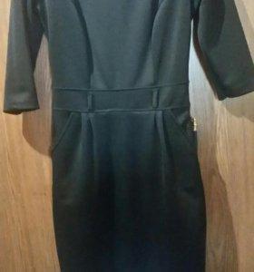 Уневерсальное черное платье