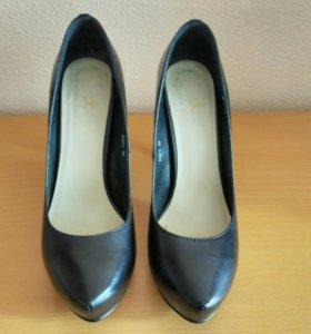 Туфли черные б/у