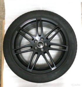 Продам новый комплект колёс на Audi Q5 R20