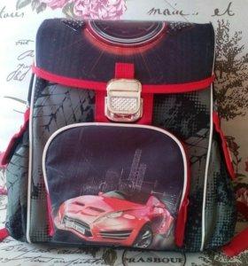Рюкзак для начальных классов