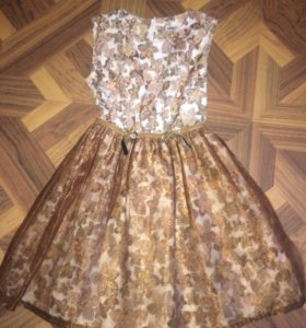 Платье надевали 1 раз