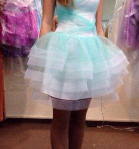 Выпускное, вечернее платье,с корсетом.