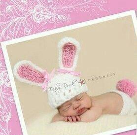 Новый комплект шапочка+ трусики для новорожденной