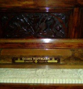 Антиквариат. Пианино
