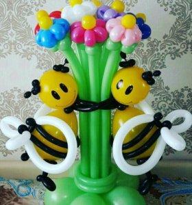 Пчелки с букетиком из шариков