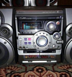 Музыкальный центр Samsung MAX-B550G