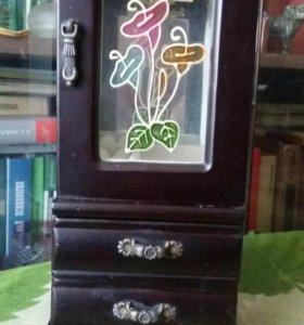 Камодик-шкатулка под украшения