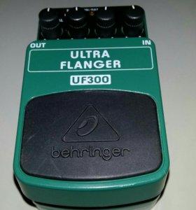 Педаль эффектов флэнджер Behringer UF300