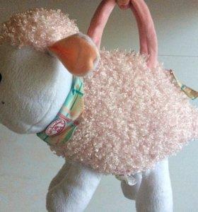 Игрушка - овечка, музыкальная.