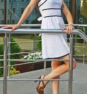 Платье новое(38-40 размер)