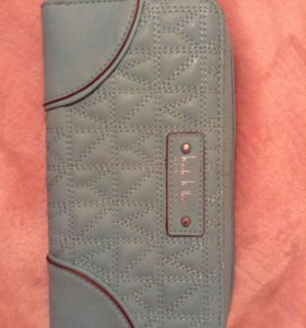 Новый кошелёк бренда Nicole Miller