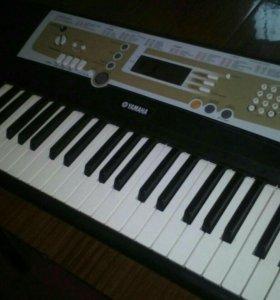 Синтезатор новый..меняю на керхер или компресор