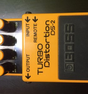 Boss turbo distortion 2 (DS-2)