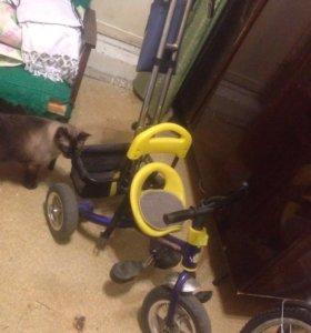 Трехколёсный велосипед б/у