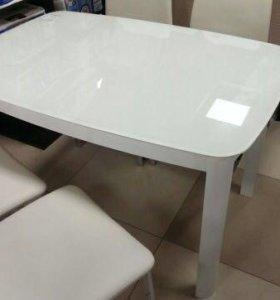 Продам стол обеденный lotos (белый)