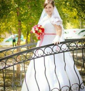 Шикарное свадебное платье )