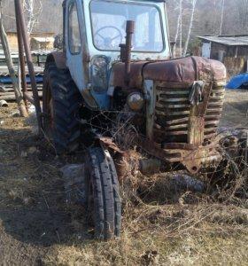 Трактор Белорусь