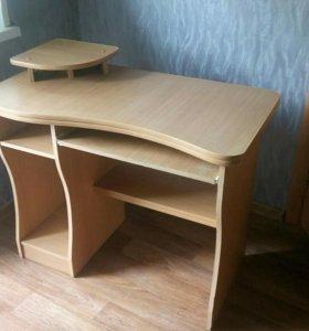 Компьютерный стол(продан)