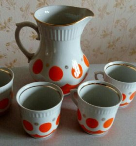Кувшин с чашками СССР