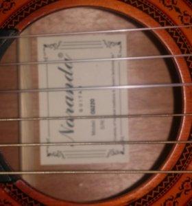 Гитара с нейлоновыми струнами