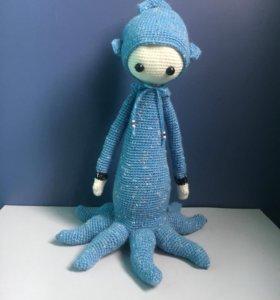 Куколка в костюме осьминога
