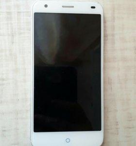 Телефон ZTE blade s6