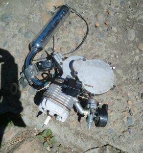 Двигатель с веломотора