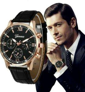 Новые стильные кварцевые часы,смотрятся стильно.